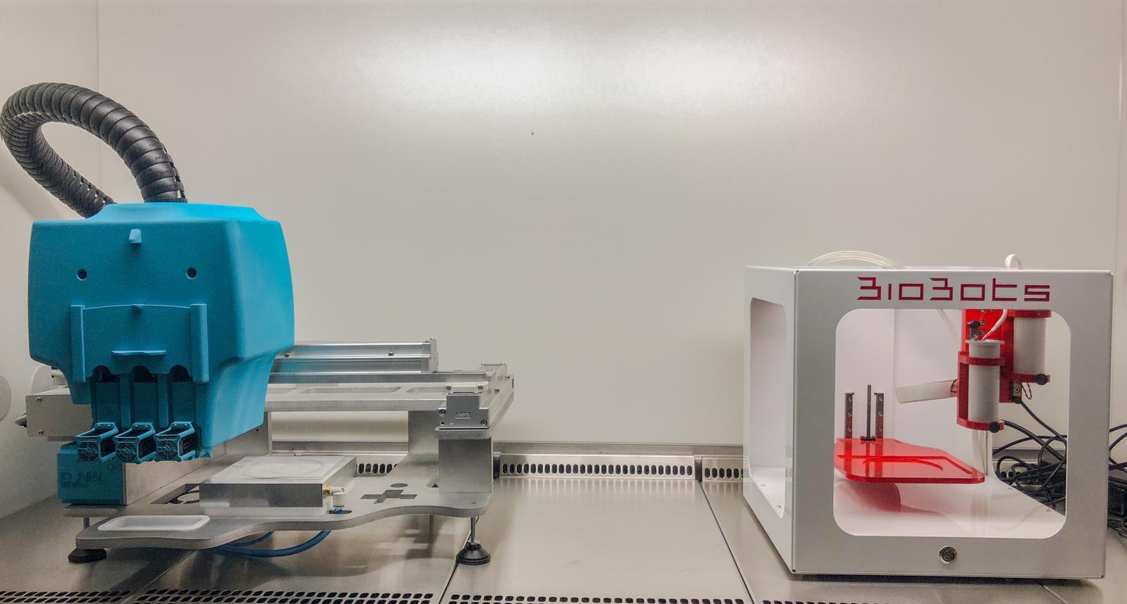 Impresora FDM (F370, Stratasys) y  Biompresora FDM Biobots-Allevi